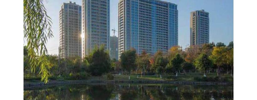 绿城玫瑰园即买即住即领证公园豪宅